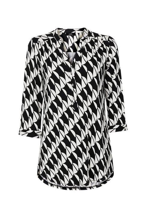 Monochrome Geometric Print Shirt