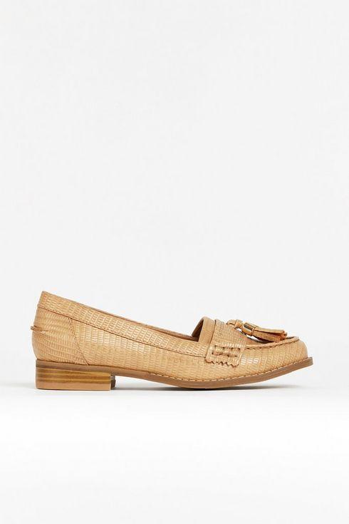 **Natural Tassel Loafer