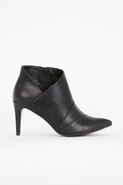 Black Panel Boot