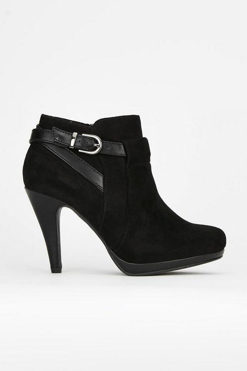 **Black Platform Buckle Boot