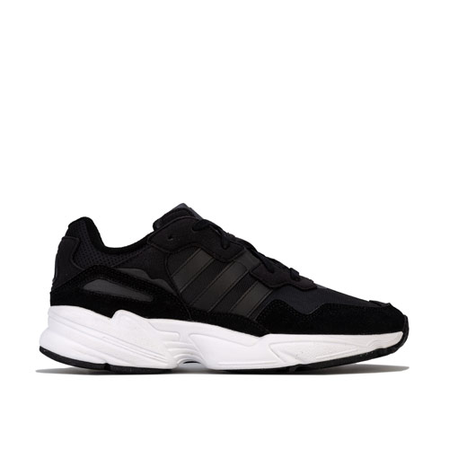 Mens Yung-96 Trainers loving the sales